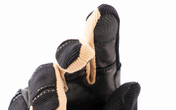 rh-200-nahaufnahme-finger